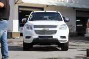Декоративные элементы на радиатор (черн. загл.) d10 Chevrolet Trailblazer (2013-н.в.)